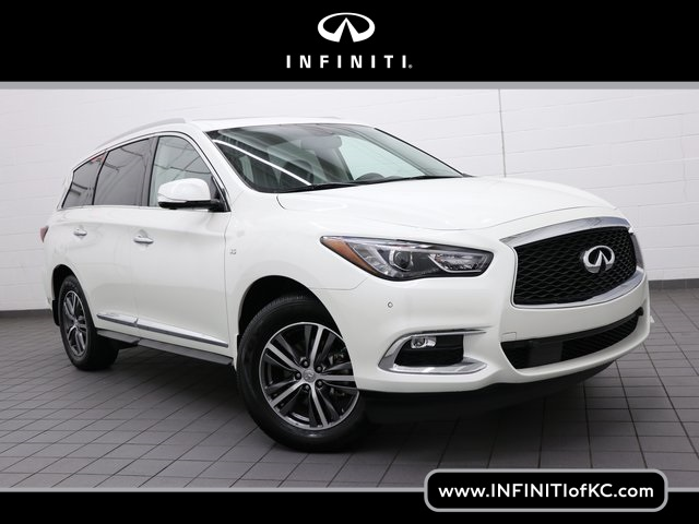 Certified Pre-Owned 2018 INFINITI QX60 Base AWD