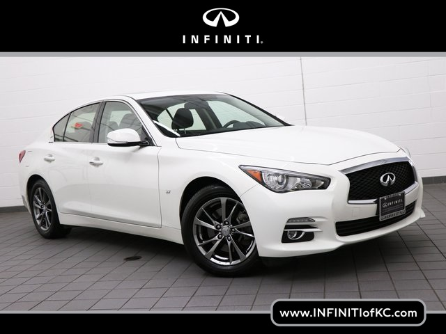 Certified Pre-Owned 2015 INFINITI Q50 Base